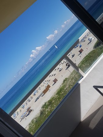 Marriott Stanton South Beach: The view from the room