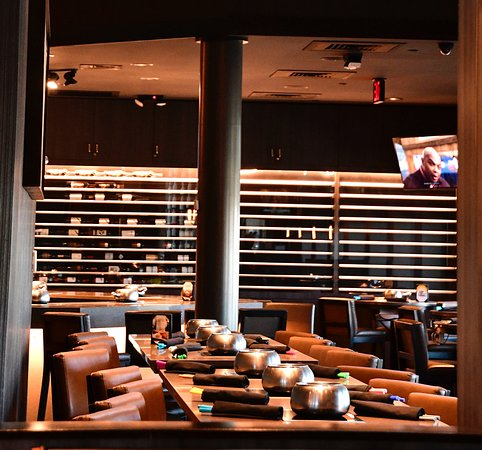 Maple Shade, Nueva Jersey: Cook tops throughout our bar. Live Music Fridays 5-7pm.
