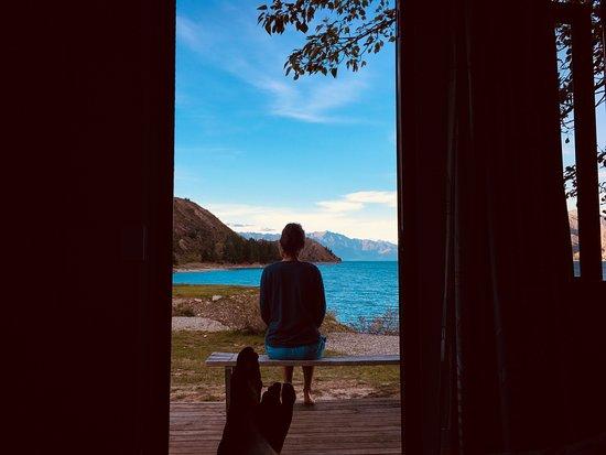 Lake Hawea, New Zealand: Cabin by the Lake
