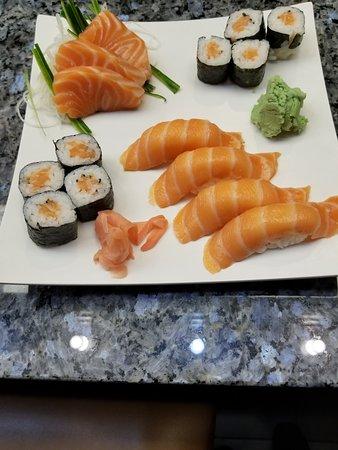Marriottsville, MD: Salmon Sushi Platter