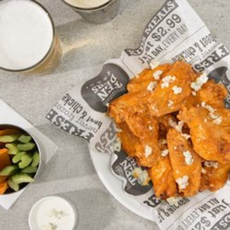 Malta, NY: Buffalo Blue Wings