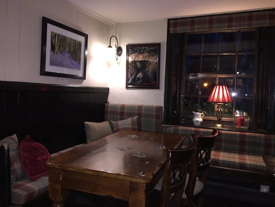 Red Lion at Litton: A warm atmosphere inside.