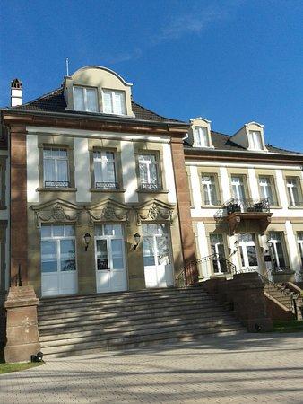 Chateau hochberg wingen sur moder restaurant for Hotels wingen sur moder
