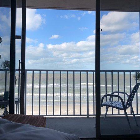 Doubletree Beach Resort by Hilton Tampa Bay / North Redington Beach: photo0.jpg