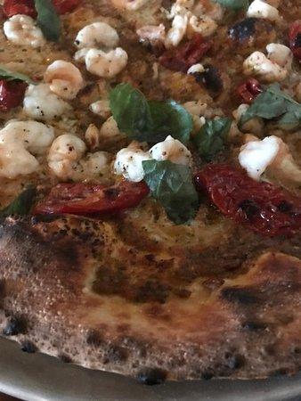 Marzano on Park: pizza -with shrimp