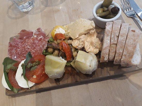 Delivino: Italian Platter