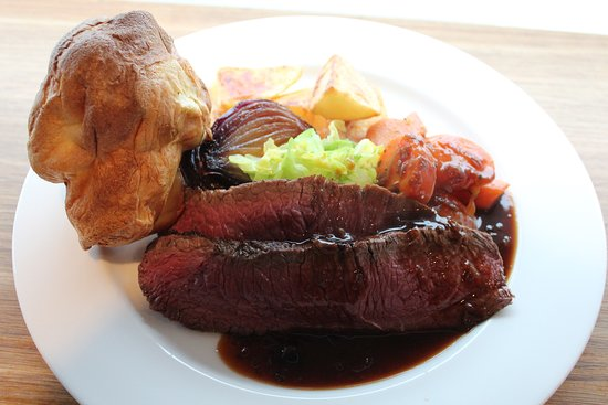 Broseley, UK: Sunday roast of dry aged beef sirloin with Yorkshire pudding