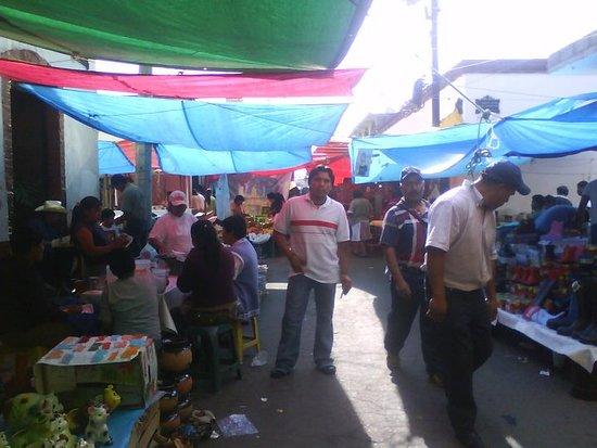 Santiago Tianguistenco, Mexico: Municipio del Estado de México donde cada Martes podrás encontrar todo de todo y de Gran Tradici