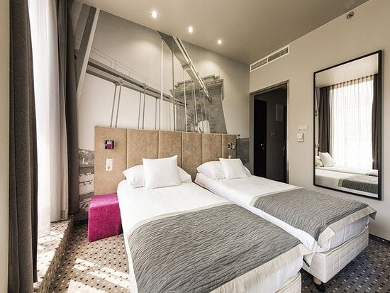 Carat Boutique Hotel: Guest room