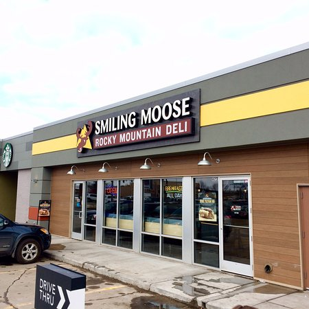 Car Dealerships In Grand Forks Nd >> Good Eats At The Smiling Moose Picture Of Smiling Moose