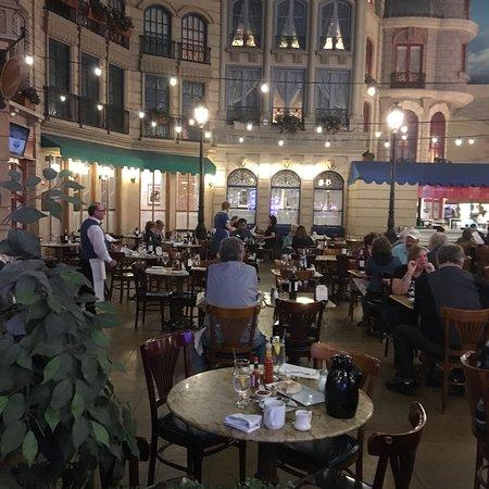 Le Cafe Ile St Louis Las Vegas