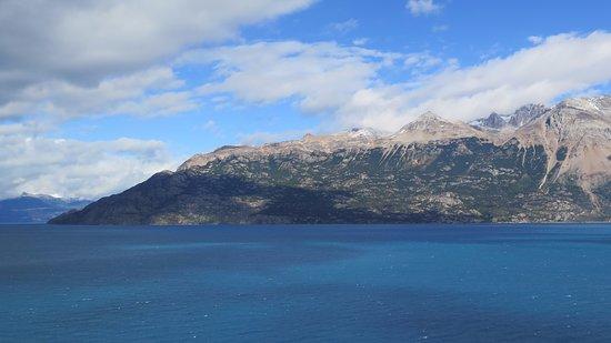 Mallin Grande, Chile: Lago Carrera cerca de Mallín Grande