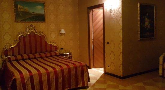 Hotel San Zulian Φωτογραφία