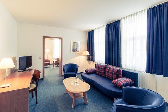 Badezimmer Schloss Suite - Bild von Hotel Schloss Neustadt-Glewe ...