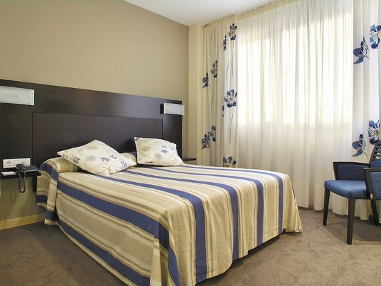 Hotel Pamplona Cross Elorz