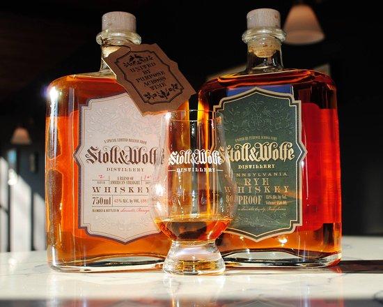 Stoll & Wolfe Distillery: Stoll & Pennsylvania Rye Whiskey and Bourbon & Rye Blend