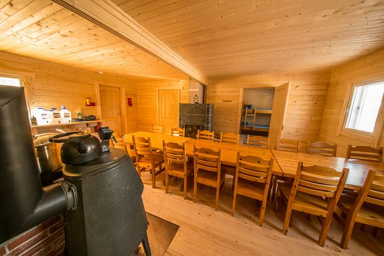 Muodoslompolo, Sweden: New River lodge dining room