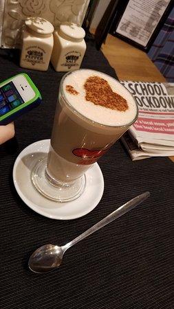 Mrs Macintyre's Coffee House: Chai Tea Latte