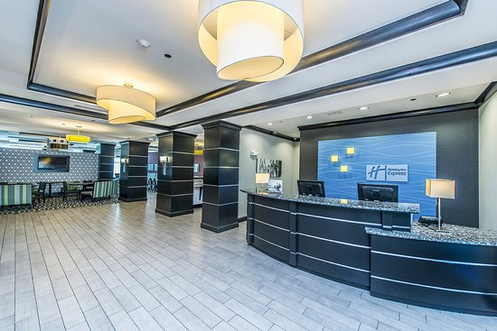 holiday inn express and suites charleston airport and. Black Bedroom Furniture Sets. Home Design Ideas
