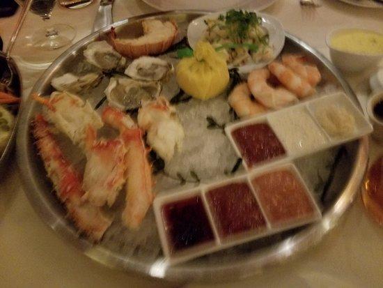 BR Prime Steakhouse: Grand Seafood Platter