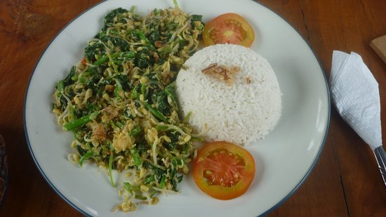 Matahari Tulamben Resort, Dive & SPA: You have got to try the delicious Bali Urap! Out of this world !!