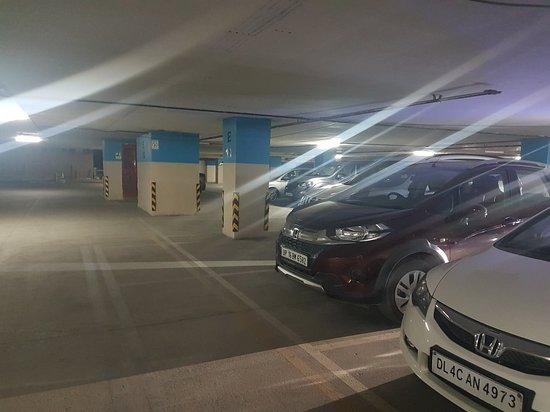 Basement Parking Lift Area Big Bazaar At The Grand Venice Mall