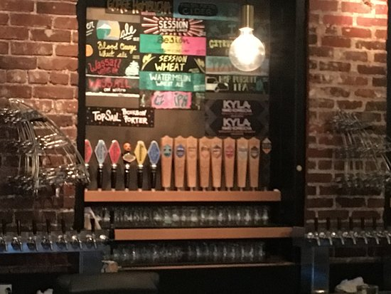 Full Sail Brewing Co: The taps!