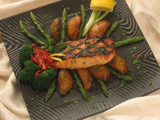 Woodbridge, NJ: Grilled Salmon