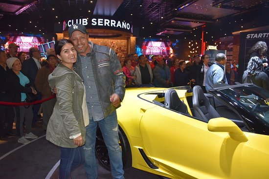 Highland, Kalifornien: Club Serrano member Jose won a 2018 Corvette Grand Sport Convertible on March 23.