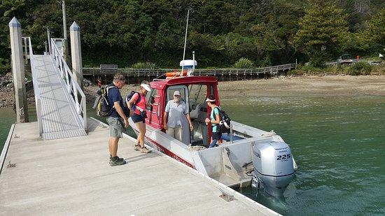 Kenepuru Water Taxi at Portage
