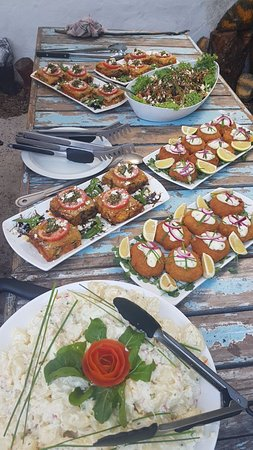 Scarborough, Sudáfrica: Sunday sundowners jazz and fish braai from 5-9pm some of the extras to add on.