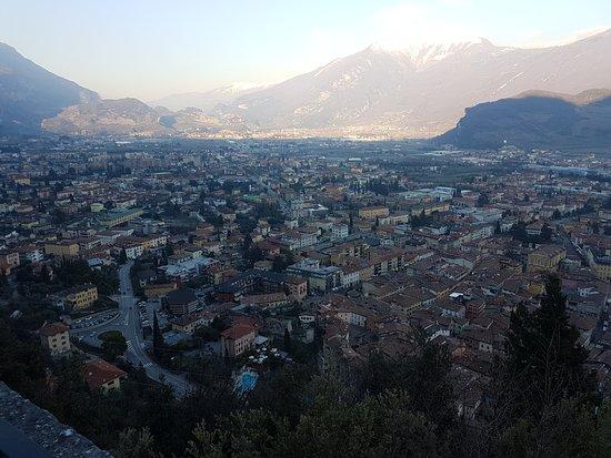 The Bastion : Panorama sulla città di Riva