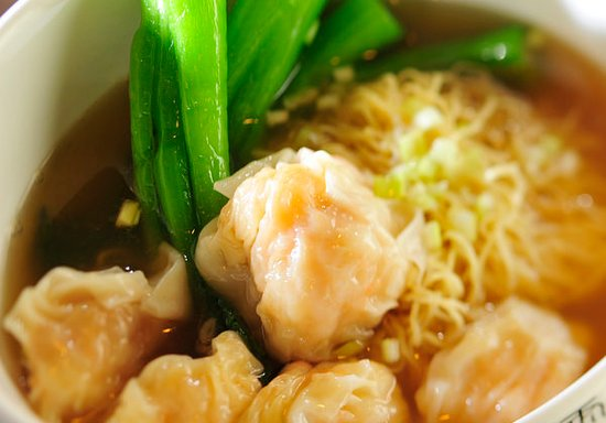 Chase, Canadá: Traditional Wonton with Shrimp & Minced Pork