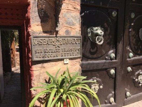 Kasbah Tamadot: Entrance to the resort