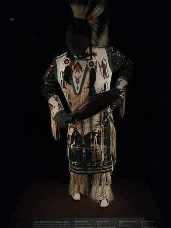 National Museum of the American Indian: abito da cerimonia