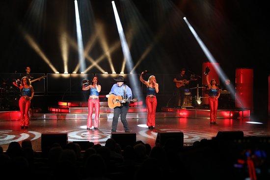 Legends In Concert: Garth Brooks