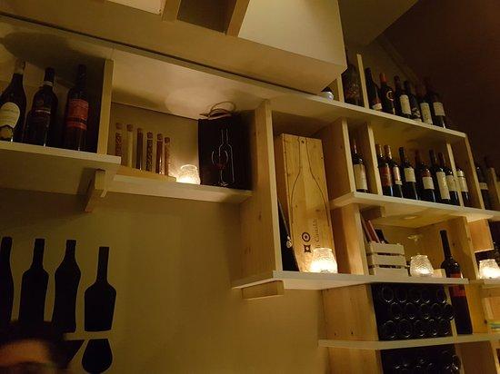 Vinsanto Wine Bar: 20180323_221837_large.jpg