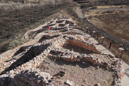 Montezuma Castle National Monument: Top view of Tuzgoot Peublo