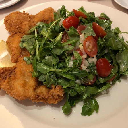 Lorenzo's Restaurant & Cabaret: Delicious Veal & Arugula Salad and Savory Turkey Pot Pie.