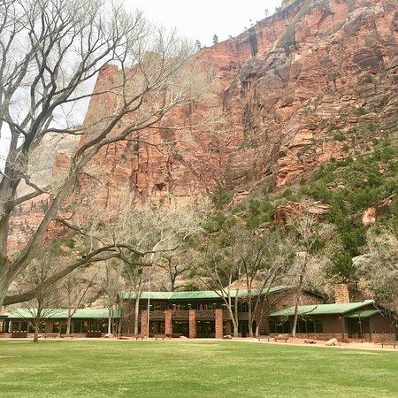 Zion Lodge: photo1.jpg