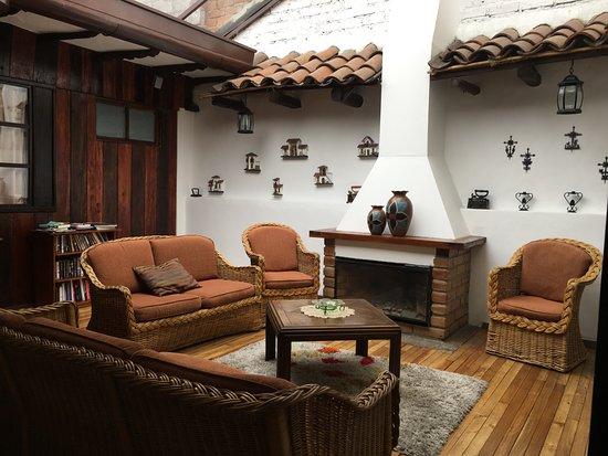 Casa Ordonez: reading nook/tv area