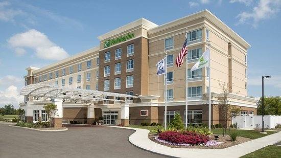 holiday inn indianapolis airport 108 1 5 2 updated. Black Bedroom Furniture Sets. Home Design Ideas