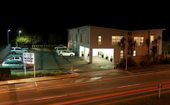 Порируа, Новая Зеландия: Exterior