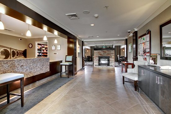 Staybridge Suites Madison East: Lobby