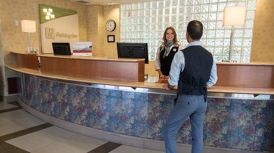 Holiday Inn West Kelowna: Lobby