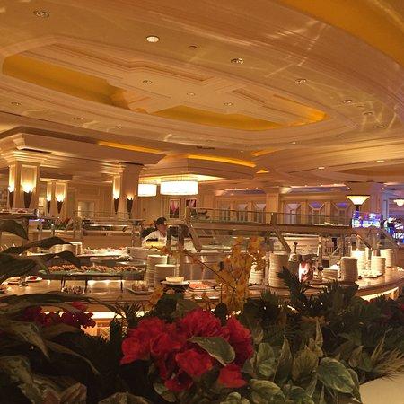 Oasis Buffet, Palm Springs - Restaurant Reviews, Phone ...