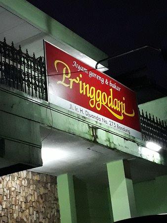 RM Pringgodani cab jl Ir Juanda - Picture of Ayam Goreng Pringgondani,  Bandung - Tripadvisor