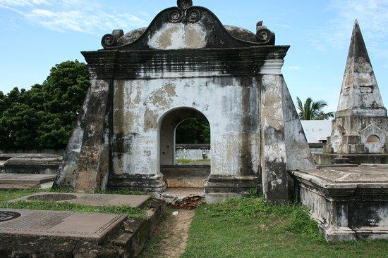 Dutch Cemetery: Dutch Cemetery, Pulicat