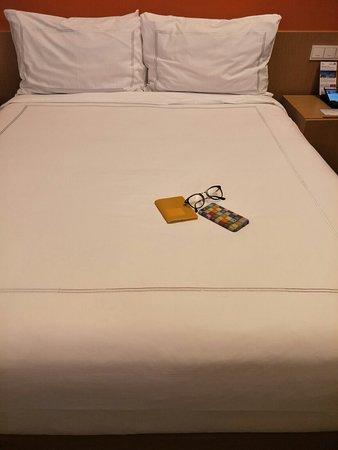 Days Hotel Singapore At Zhongshan Park: IMG20180306234536_large.jpg
