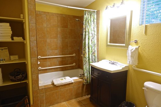 Juniper Room private bath with jacuzzi tub/shower combination ...